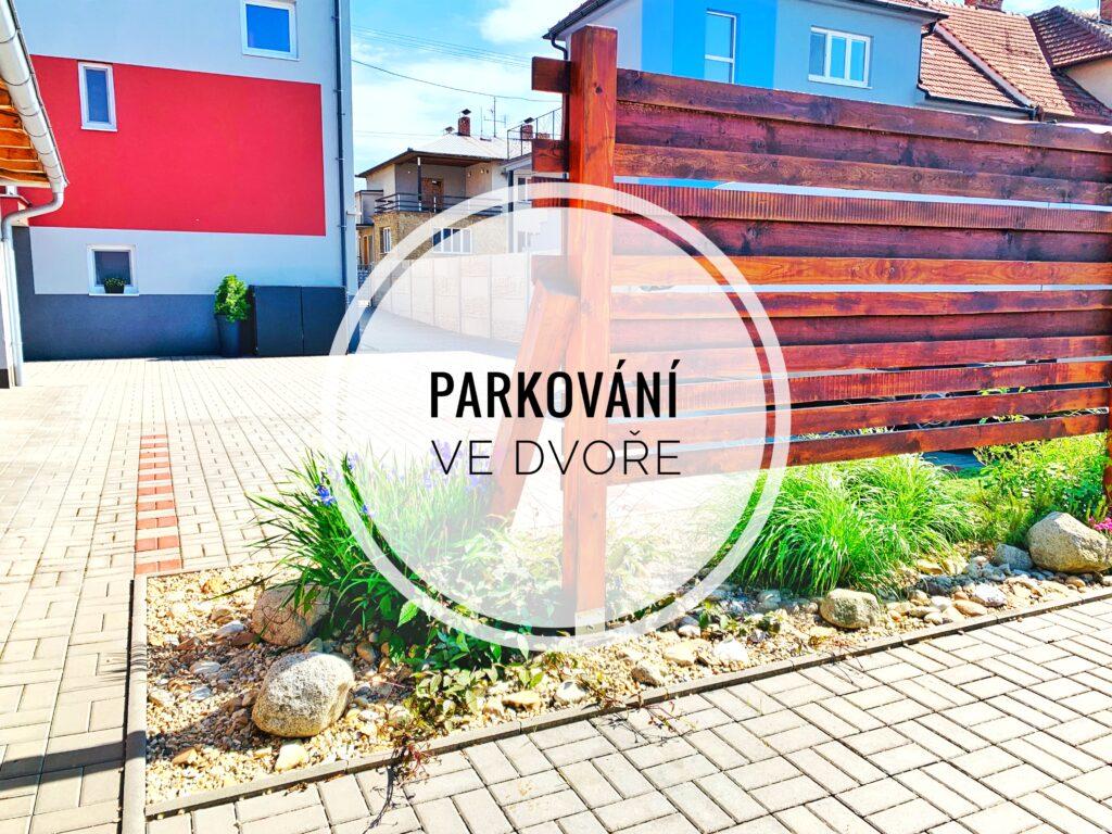Ubytování Břeclav, na Zahradní - Parkování ve dvoře